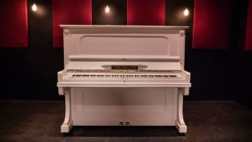 Geyer Piano